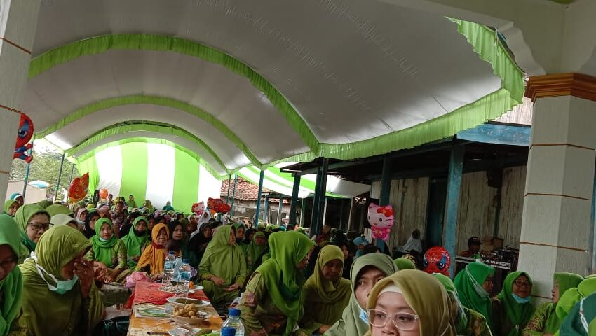 Muslimat NU Rejoso: Ibu Madrasah Pertama Kenalkan Nabi pada Anak