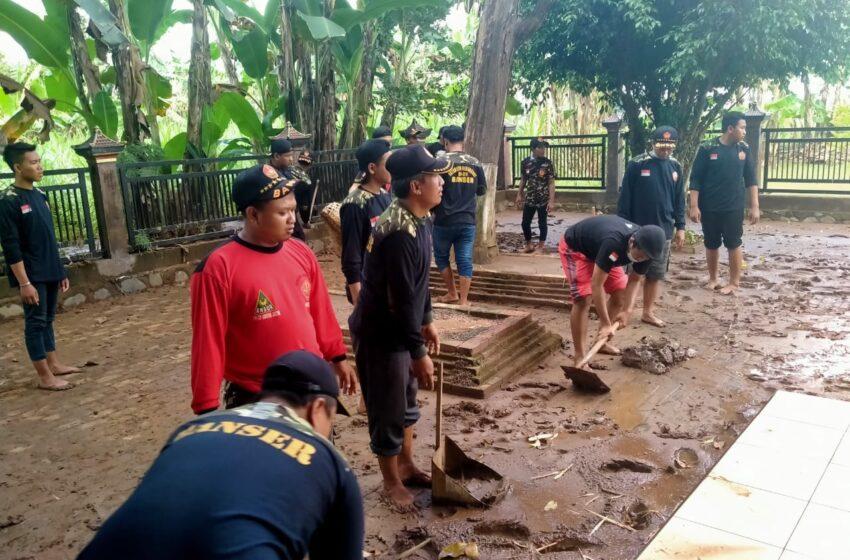 Bak Kilat, Ratusan Anggota Banser Nganjuk Gerak Cepat Tanggulangi Bencana