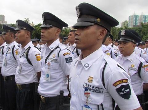 Apakah Profesi Petugas Keamanan Gugurkan Kewajiban Shalat Jumat?