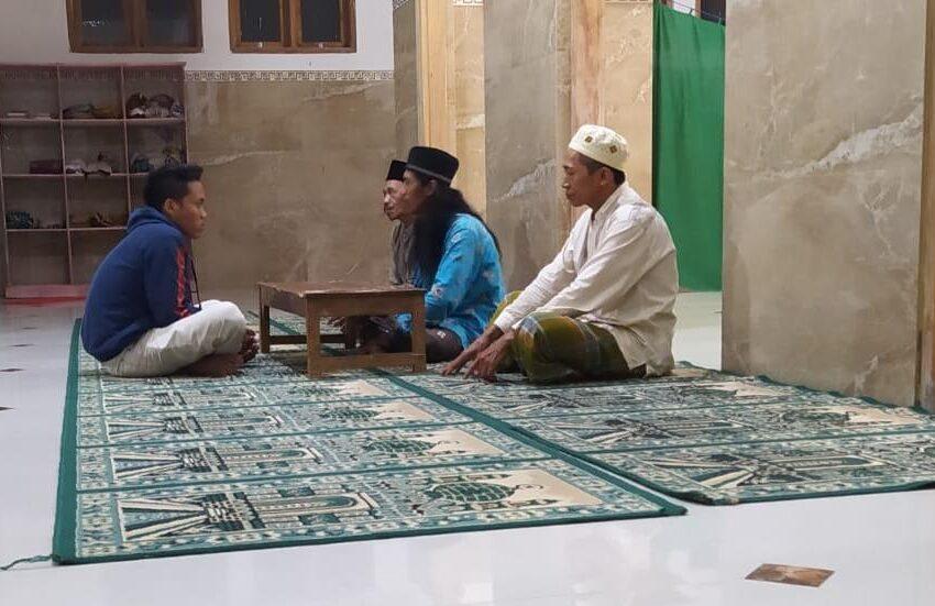 Mantap Masuk Islam, PSNU Pagar Nusa Ngetos Bimbing Pemuda Ikrar Dua Kalimat Syahadat