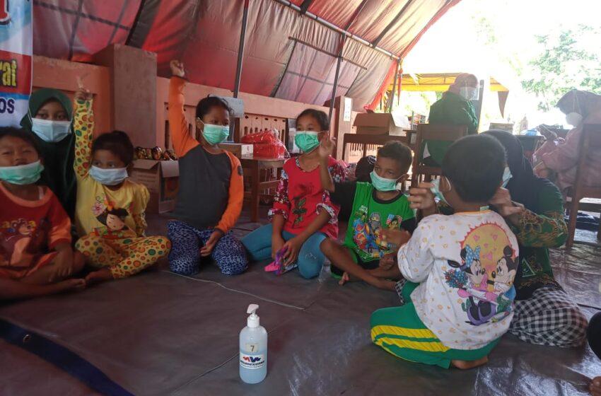 Kompak, Sinergi MDMC dan NU Peduli Berikan Trauma Healing pada Ratusan Anak Korban Tanah Longsor Ngetos