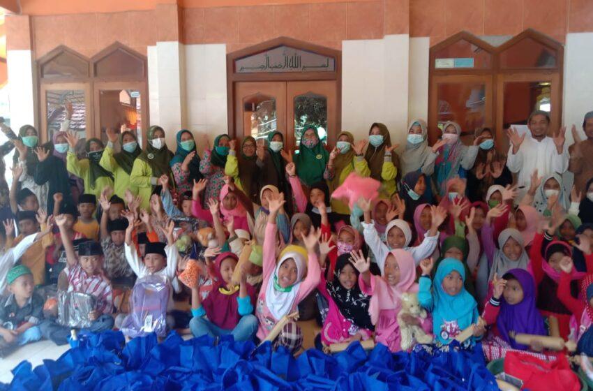 Aksi Majelis Taklim se-Kertosono Berikan Layanan Psikososial Kepada Anak-anak Korban Musibah di Nganjuk