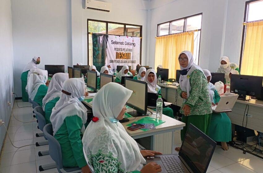 Hadapi Tantangan Digital, Fatayat NU Nganjuk Gelar Pelatihan Database dan Desain