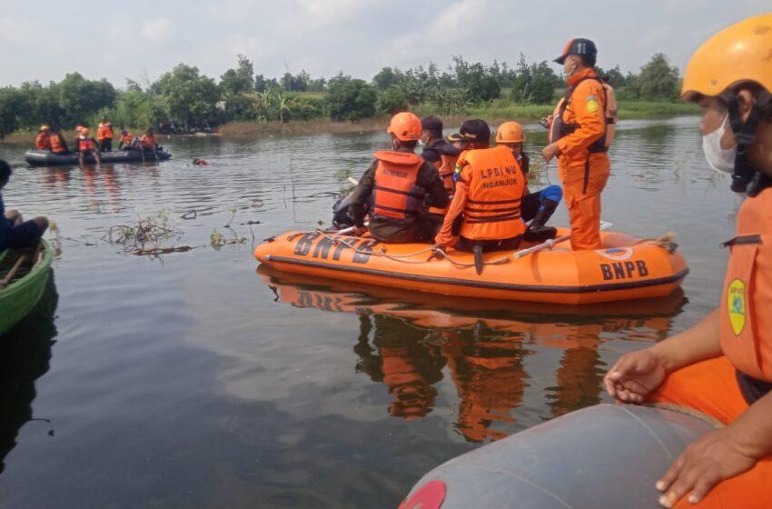Banser Tanggap Bencana Cari Korban Tenggelam di Waduk Widas